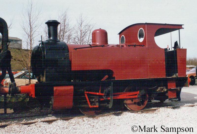 Hunslet 1684 at Peak rail - March 1989.jpg