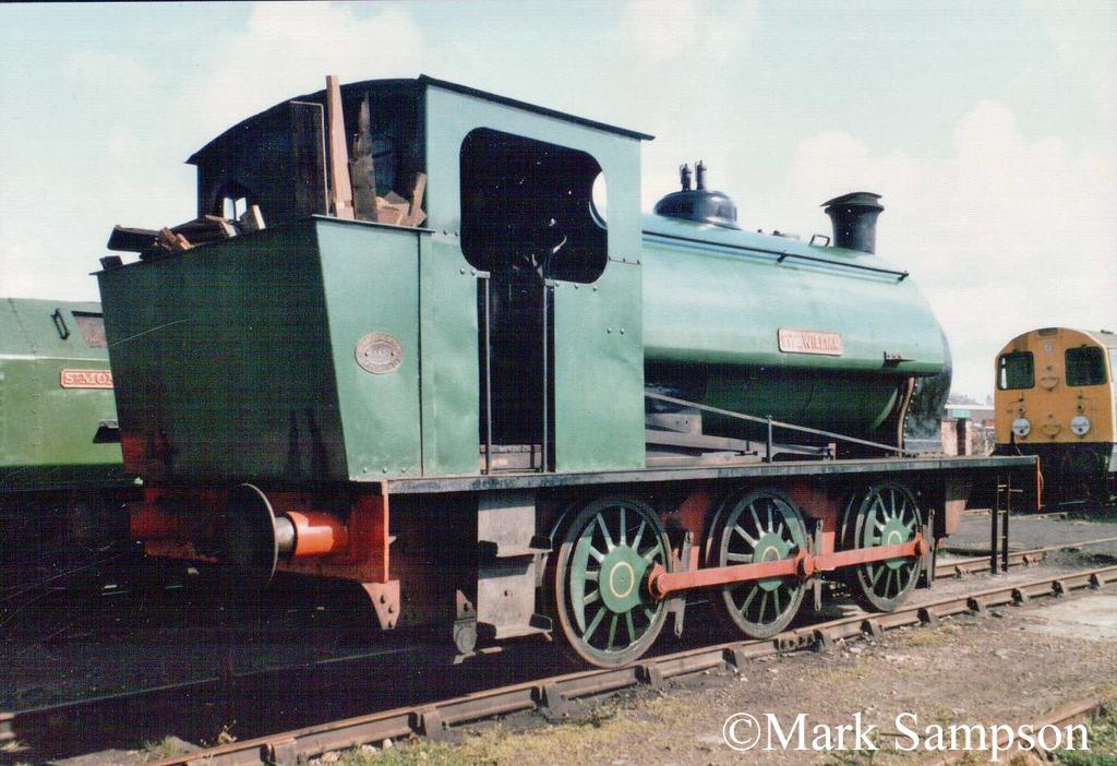 Hunslet 1954 at Steamport, Southport - September 1988.jpg