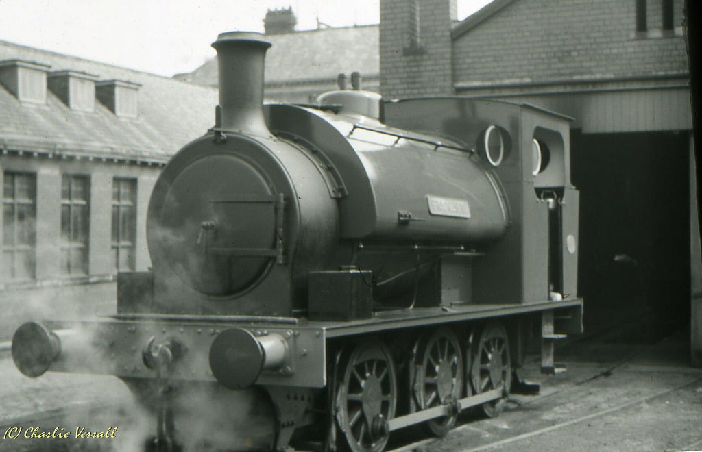 Hunslet 2387 at Lightcliff - June 1965.jpg
