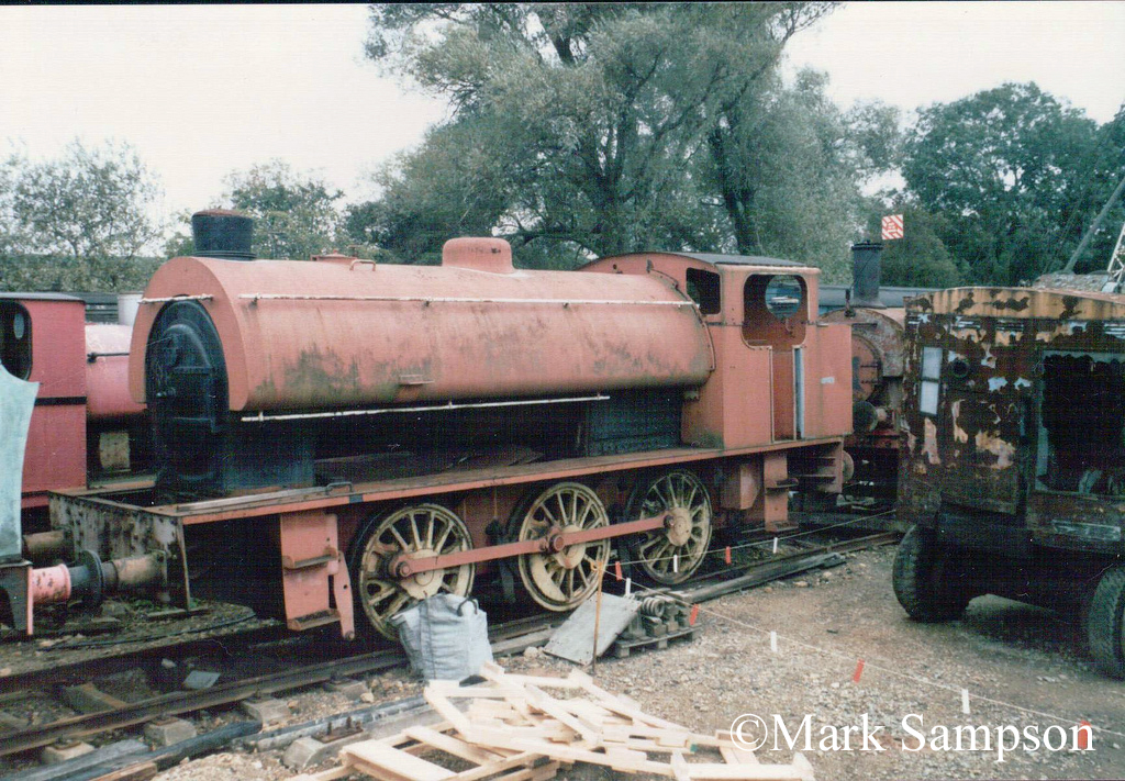 Hunslet 2411 at the Rutland Railway Museum - September 1988.jpg
