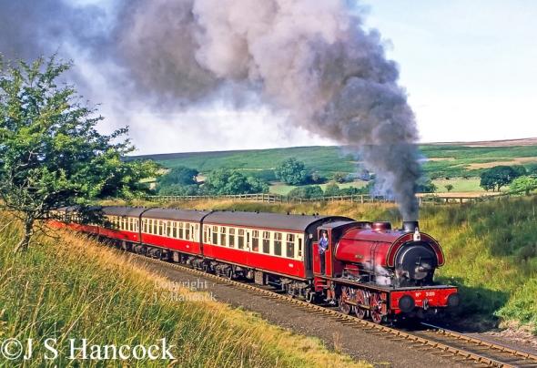 Hunslet 3180 on North Yorkshire Moors Sept 1984.jpg
