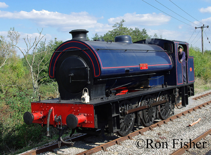 Hunslet 3806 Dean Forest railway Sept 2015.jpg