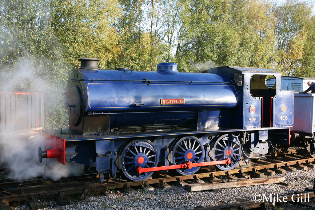 Hunslet 3839 at Foxfield Railway  Oct 2011.jpg