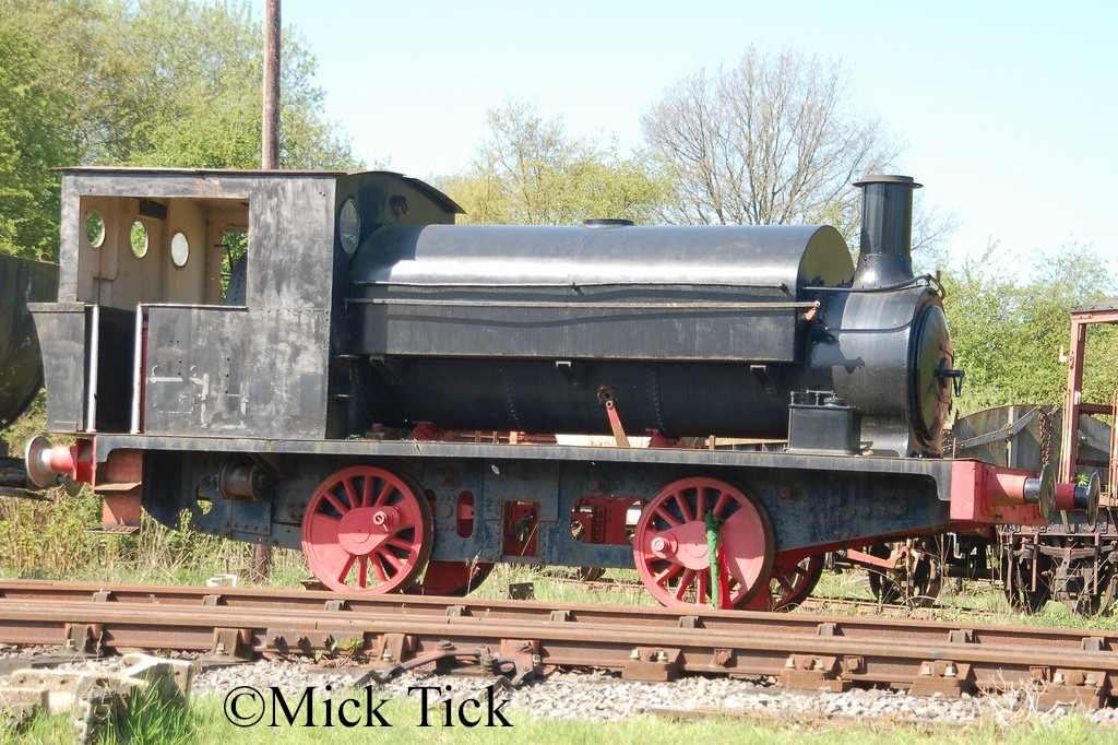 Manning Wardle 1207 at the Foxfield Railway - May 2018.jpg