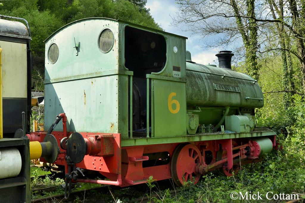 P 2147 Dean Forest Railway May 2016.jpg