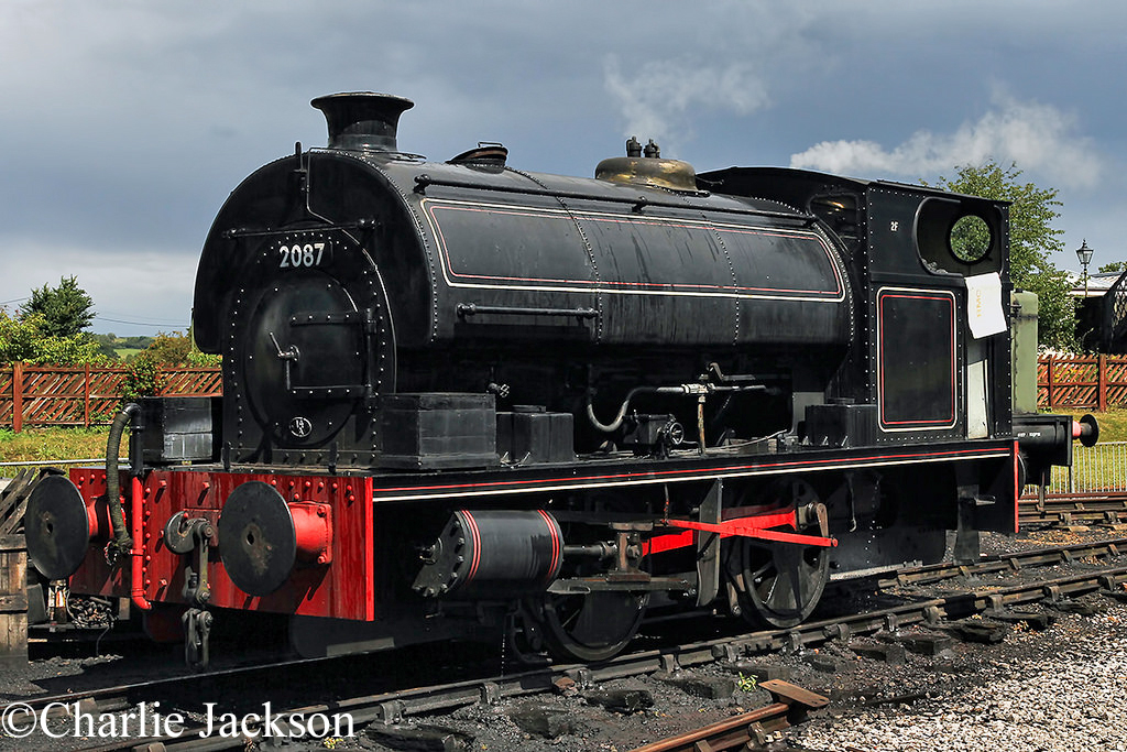 Pecket 2087 at the Buckinghamshire Railway Centre - August 2014.jpg