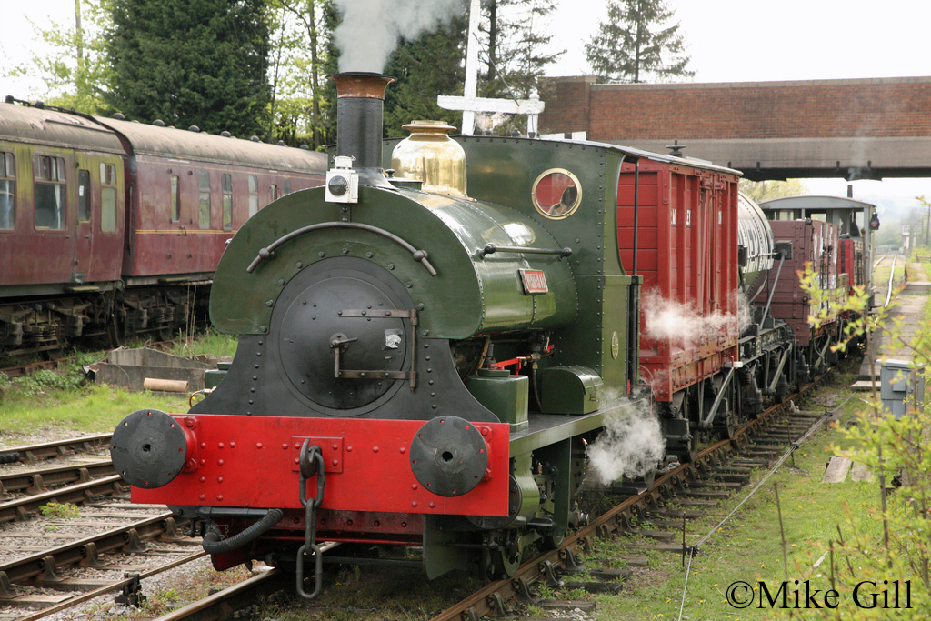 Peckett 1163 Midland Railway Centre May 2012.jpg