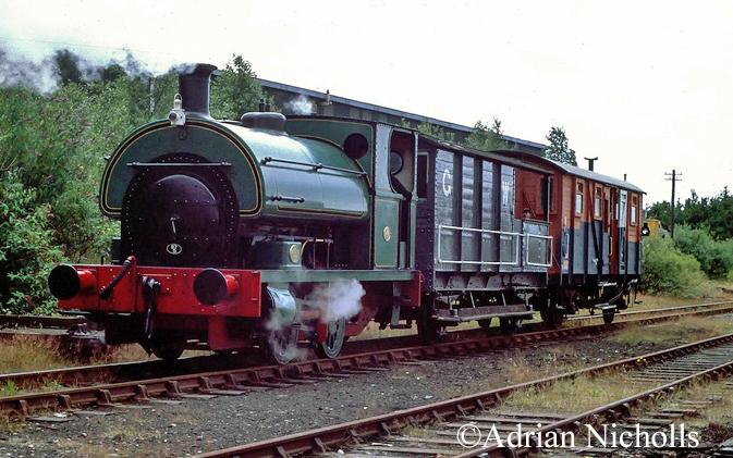 Peckett 1345 at Six Pit Junction, Llansamlet - July 1993.jpg