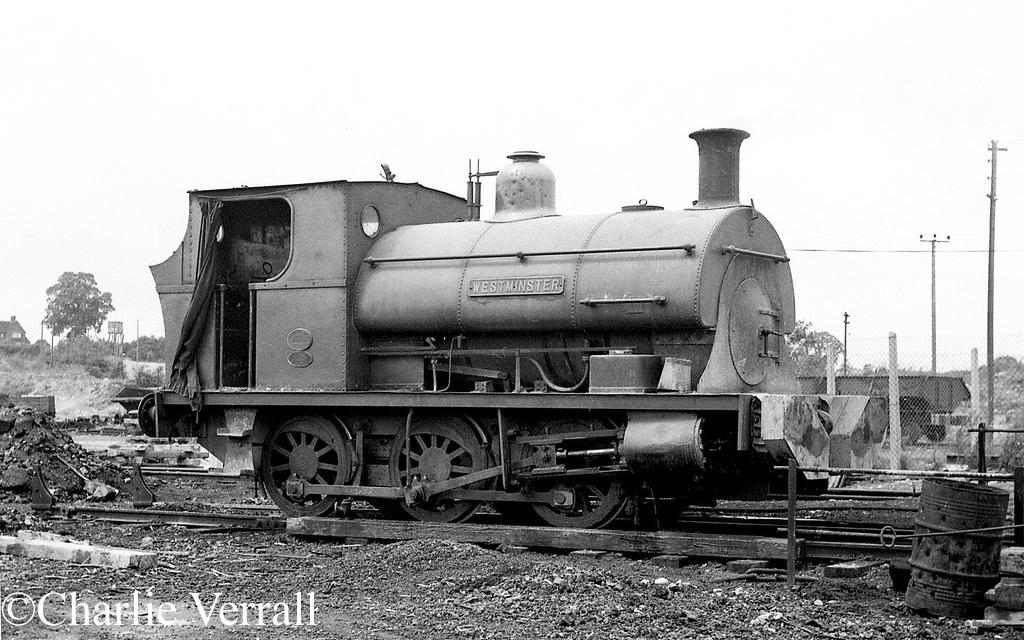 Peckett 1378 at APCM Shipton-0n-Cherwell - July 1964.jpg