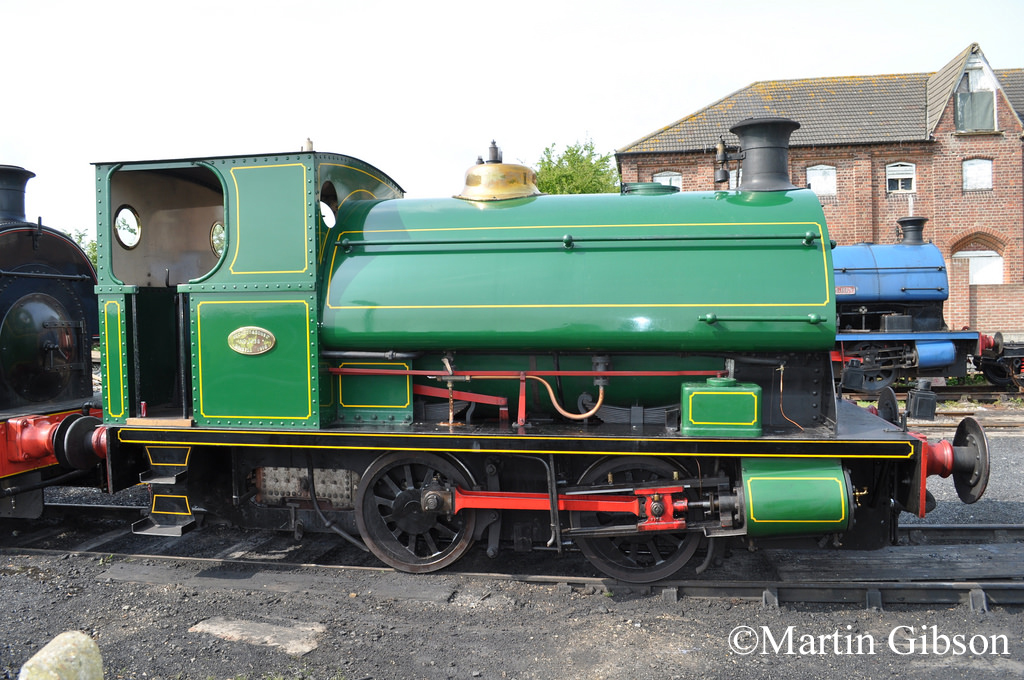 Peckett 1438 - at Lincolnshire Wolds Railway -  April 2011.jpg