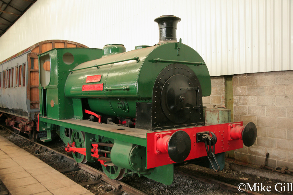 Peckett 1547  Midland Railway Centre May 2012.jpg