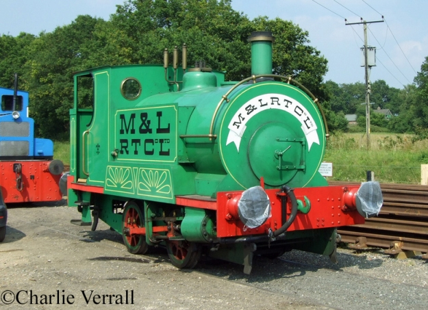 Peckett 1555 on the Lavender Line as Ivor the Engine - July 2009.jpg