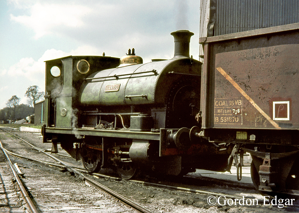 Peckett 1756  Snodland  June 1969.jpg