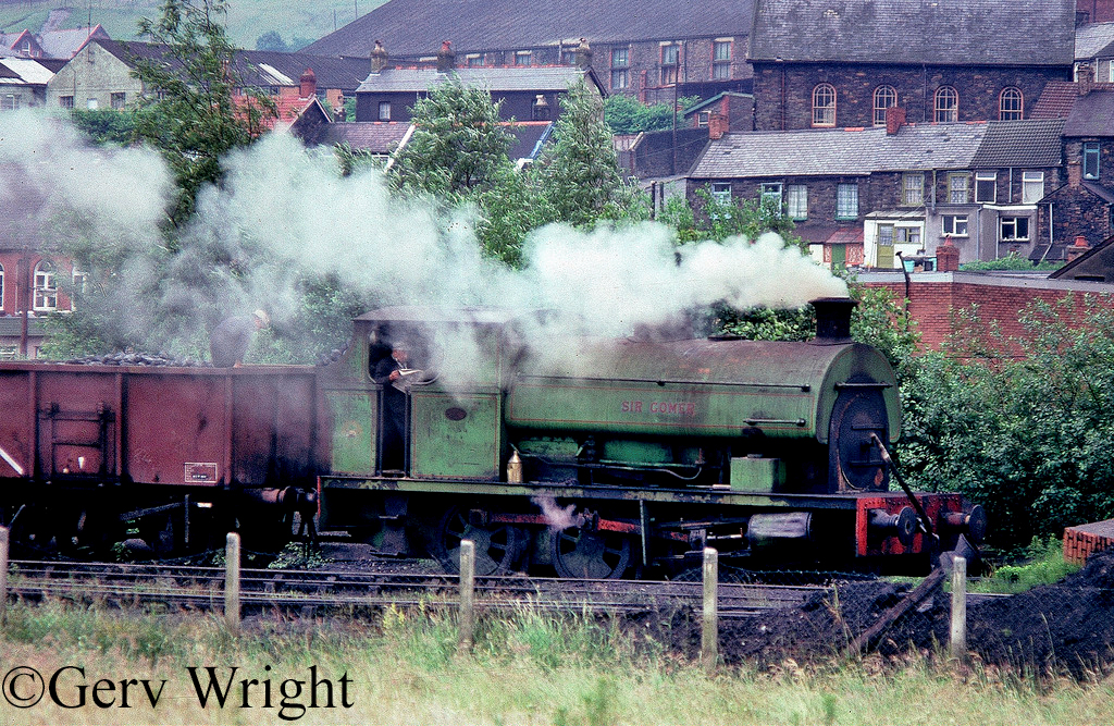 Peckett 1859 at Mountain Ash Colliery - July 1978.jpg