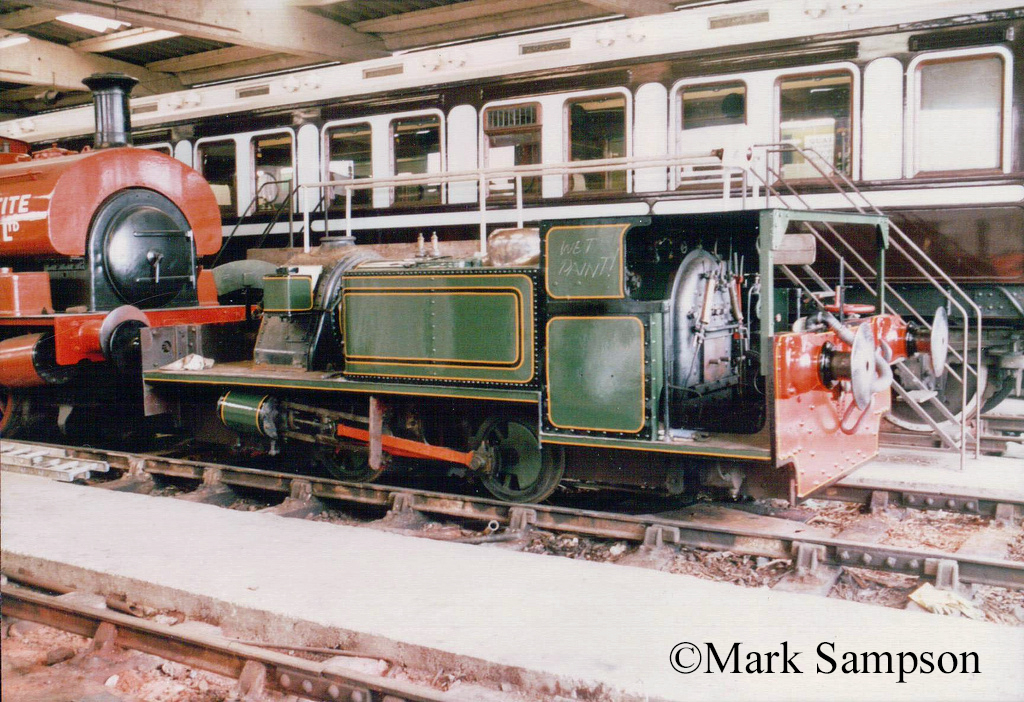 Peckett 1900 at the Buckinghamshire Railway Centre - August 1988.jpg