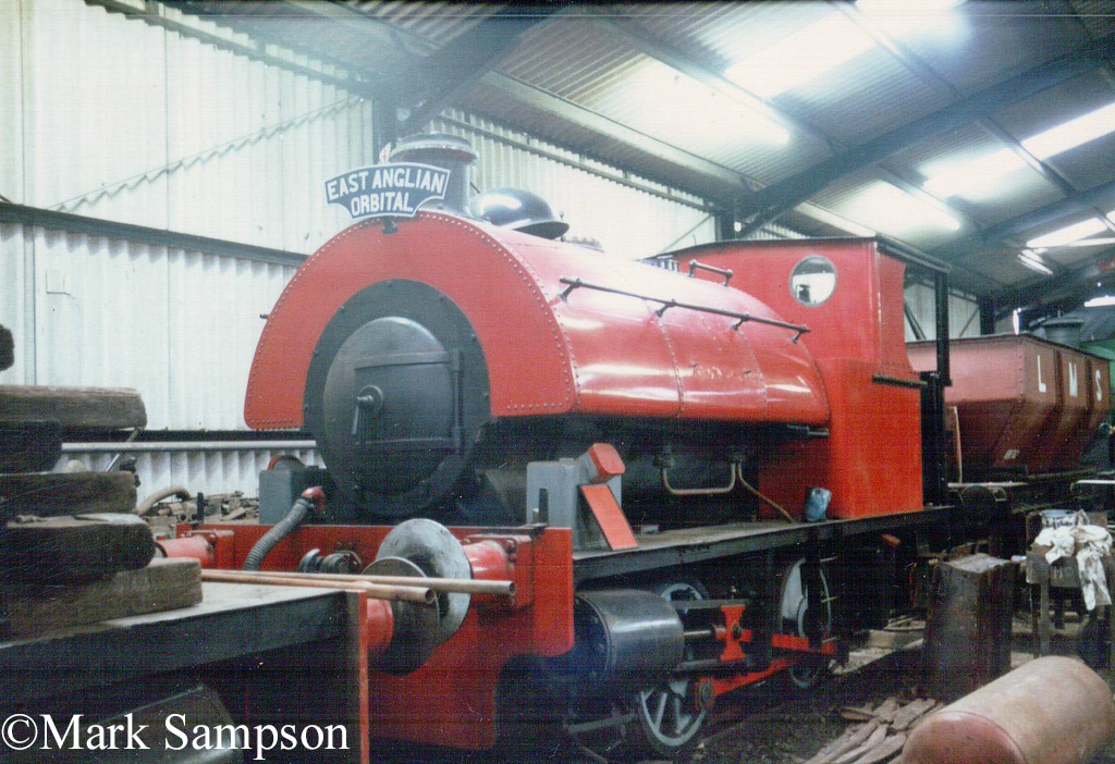 Peckett 2039 at the East Anglian Railway Museum - October 1989.jpg