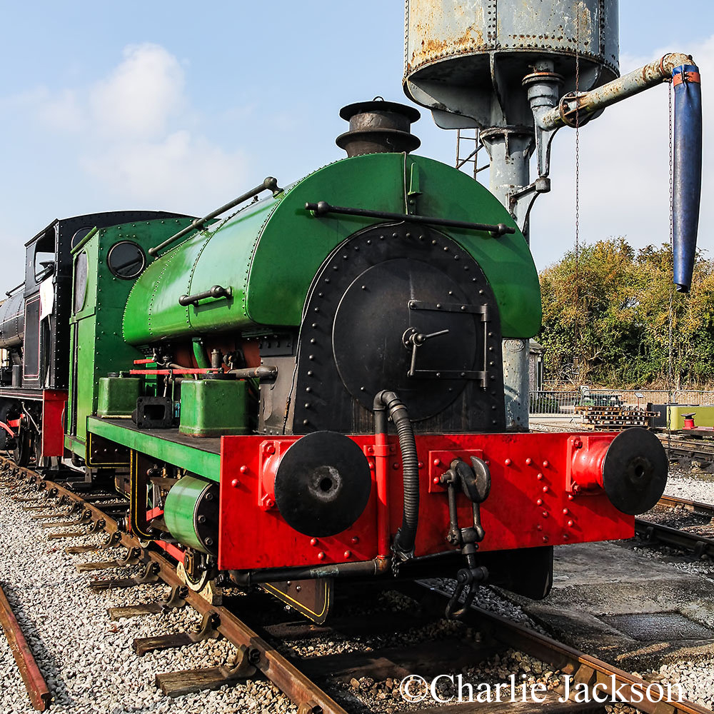 Peckett 2105 at the Buckinghamshire Railway Centre - October 2015.jpg