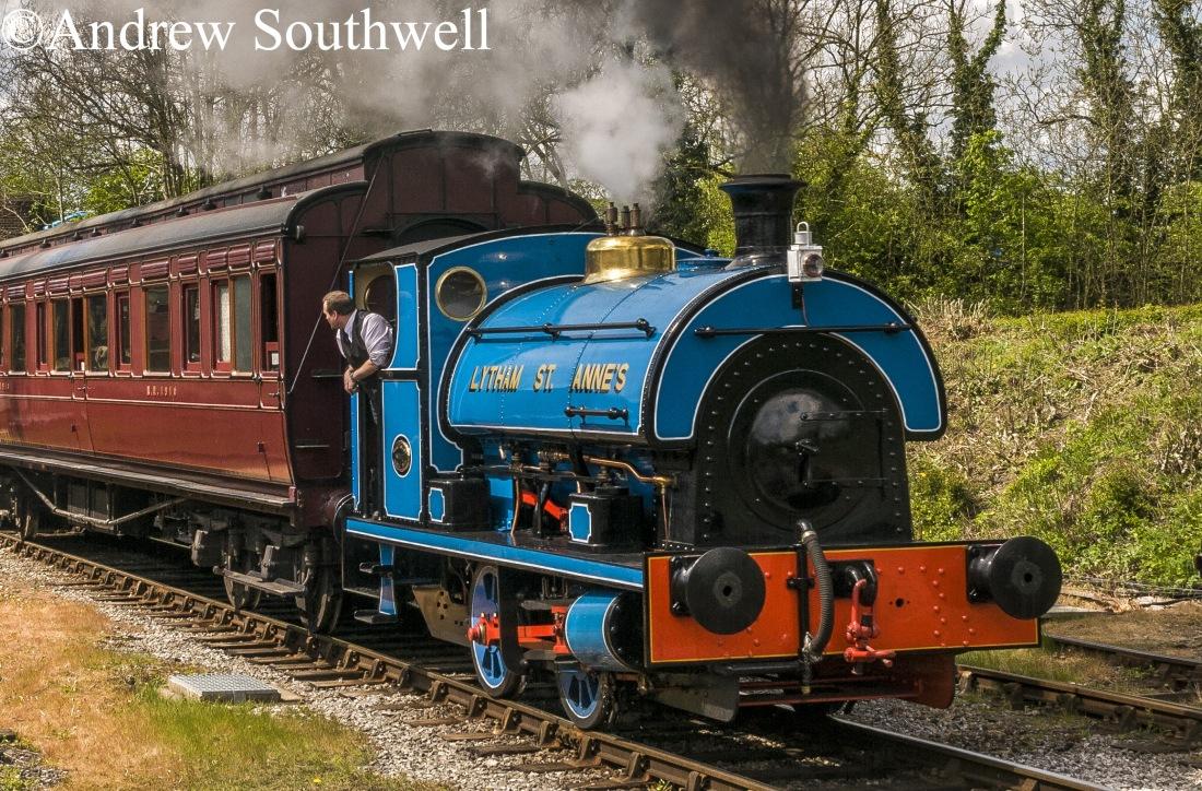 Peckett 2111  Midland Railway Centre May 2017 with copyright cut down.jpg