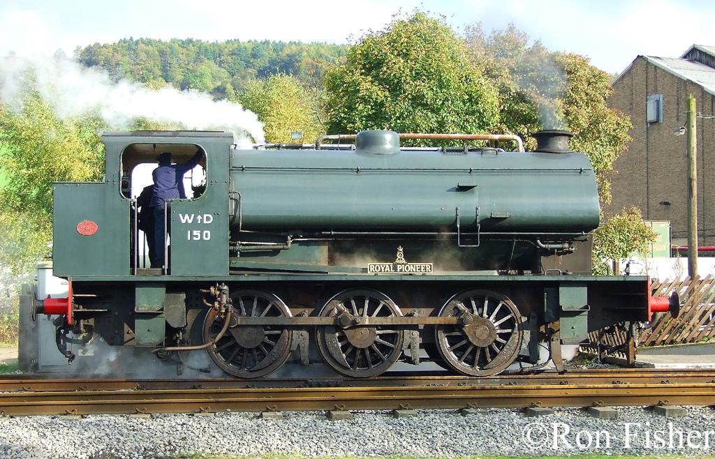 RSH 3892 Peak rail Oct 2007.jpg