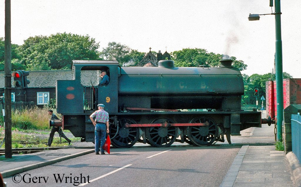 RSH 7097 at Backworth Colliery - August 1975.jpg