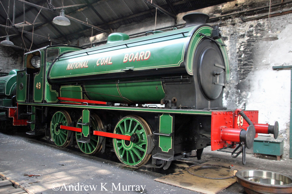 RSH 7098 at the Tanfield railway - September 2014.jpg