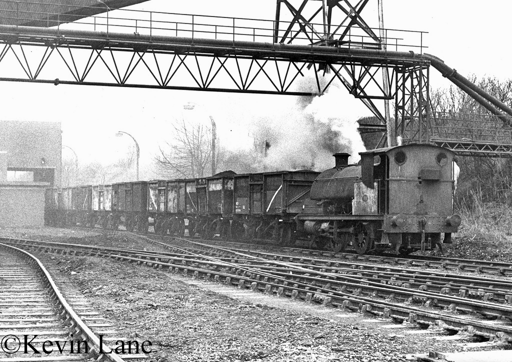 RSH 7416 at Agecroft Power Station - March 1977.jpg