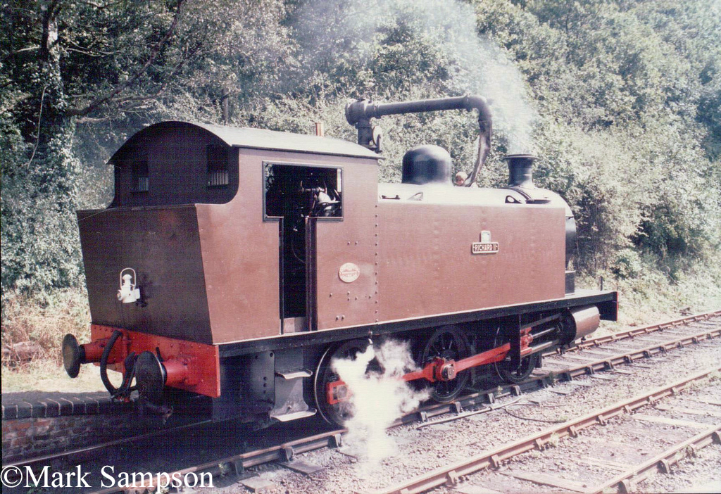 RSH 7537 on the Market Bosworth Light Railway - August 1988.jpg