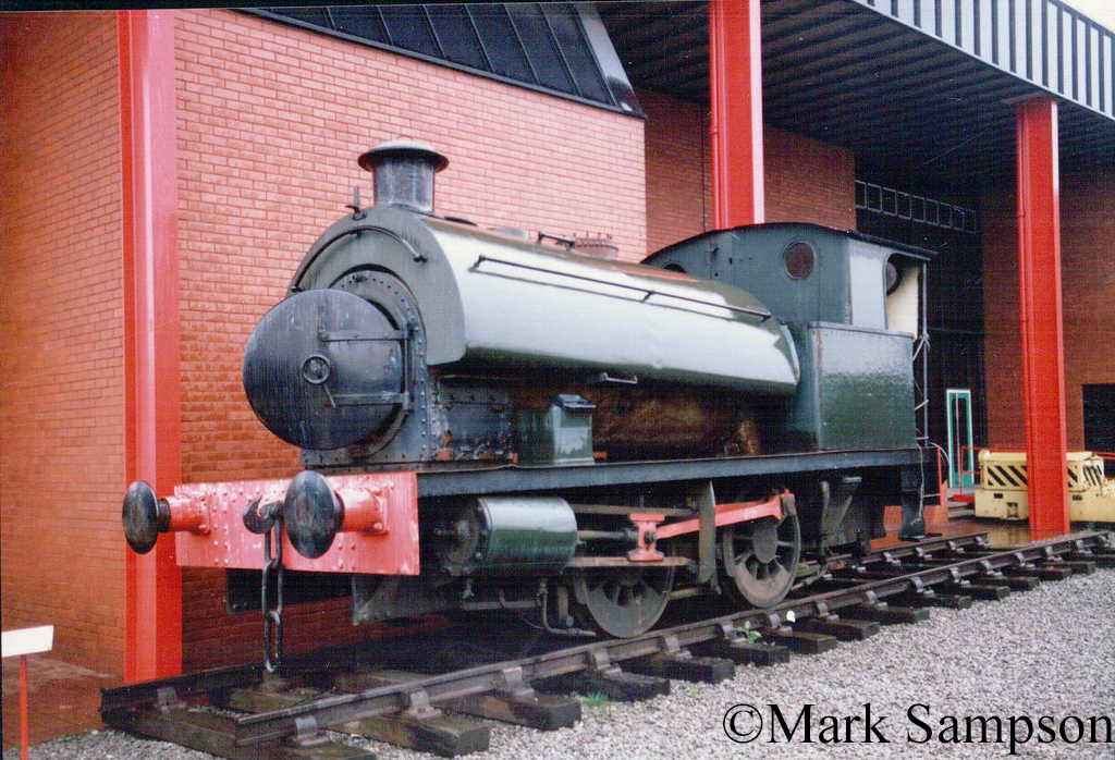RSH 7705 at the  Industrial & Maritime Museum Cardiff Bute Road February 1989.jpg