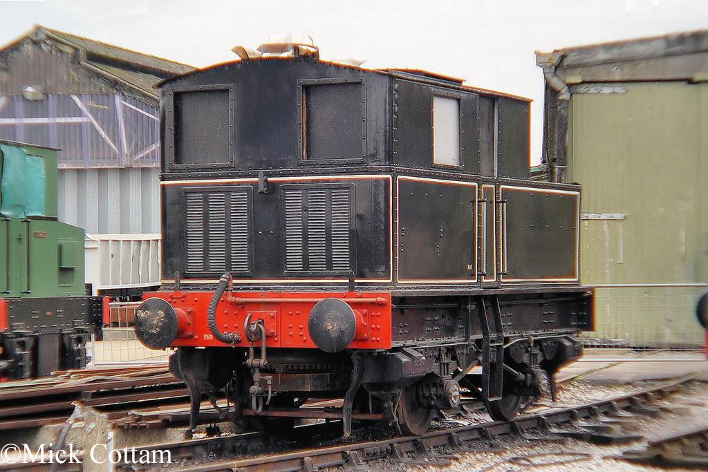 Sentinel 6515 at the Buckinghamshire Railway Centre - November 2010.jpg