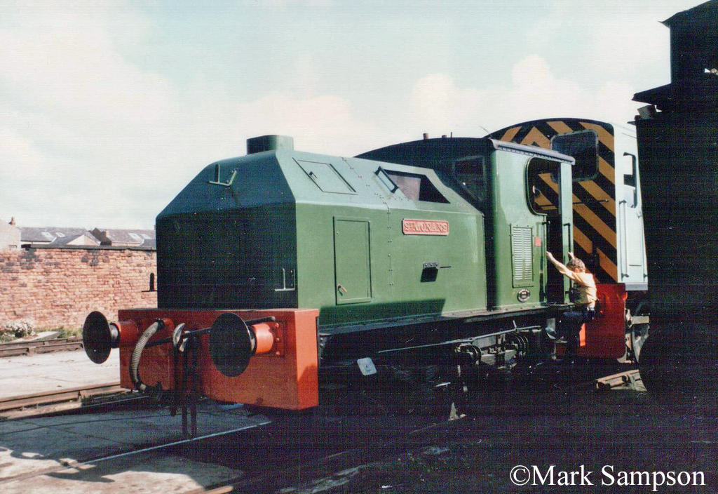 Sentinel 9373 at Steamport, Southport - September 1988.jpg