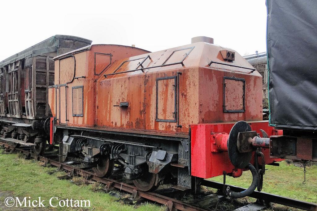 Sentinel 9559 Tanfield Railway April 2012.jpg