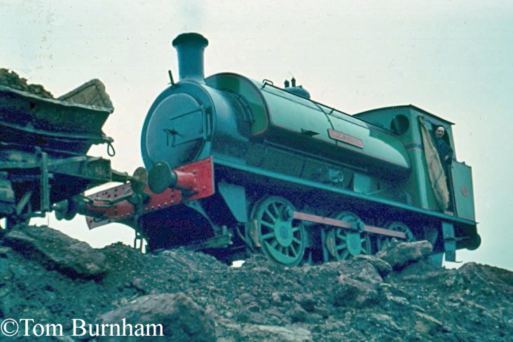 Hunslet 1953 at the Naylor-Benzon ironstone mine, Nassington, about 1969.jpg