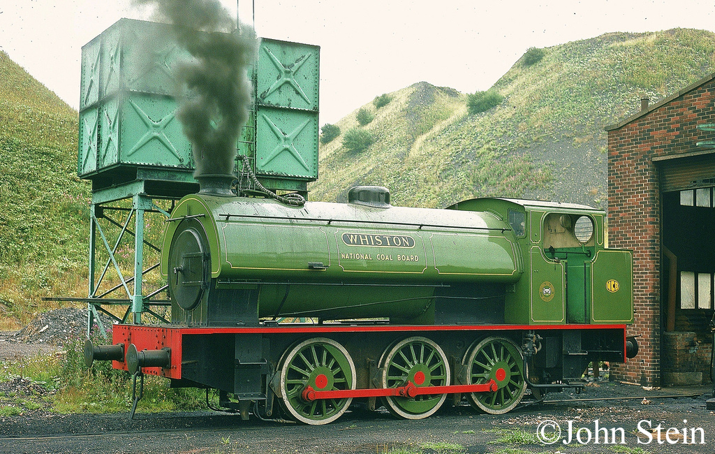 Hunslet 3694 at Bold Colliery.jpg