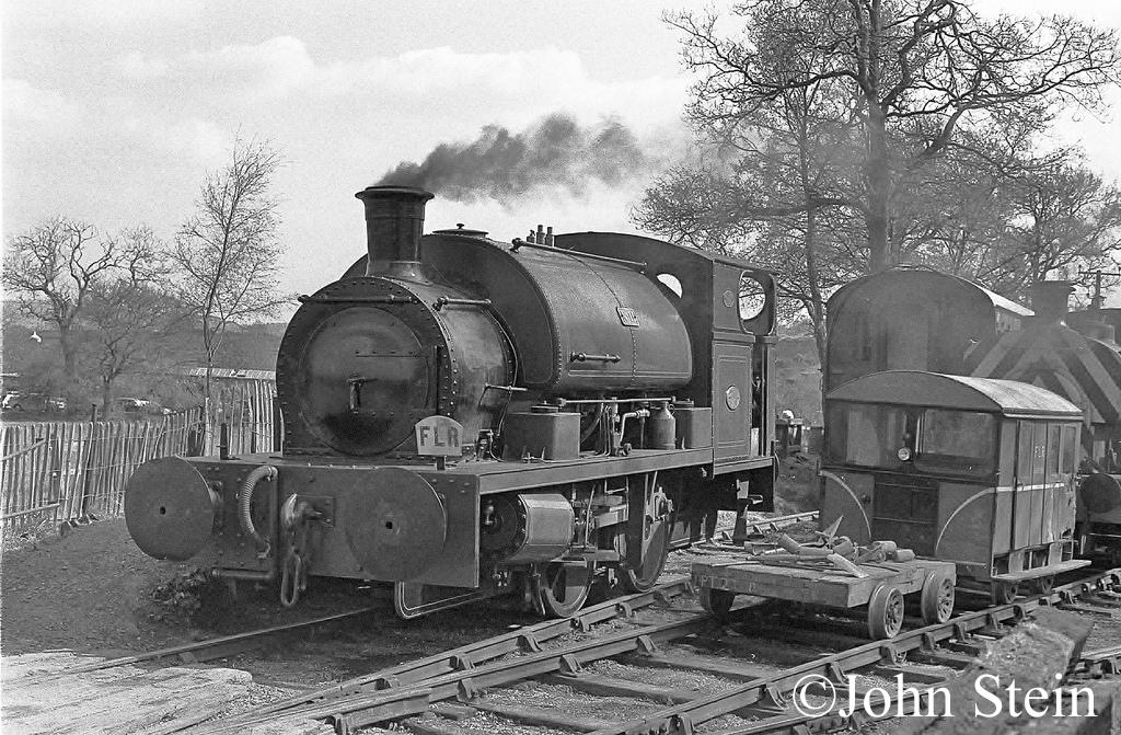 Peckett 2081 on the Foxfield Railway .jpg