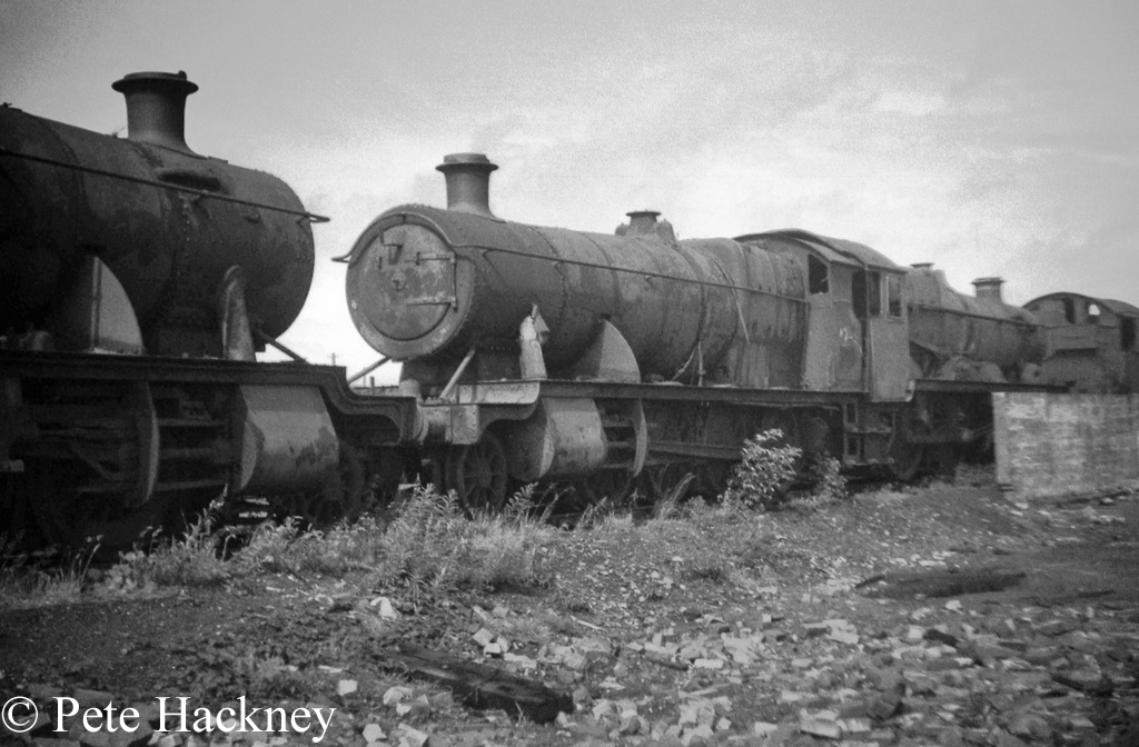 2861 and 5051 Earl Bathurst rest cab to cab in Woodham's scrapyard at Barry - July 1968.jpg