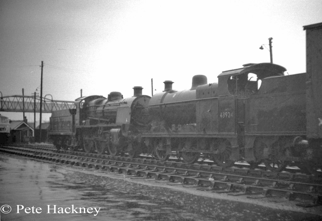 31618 and 43924 in Woodham's scrapyard at Barry - July 1968