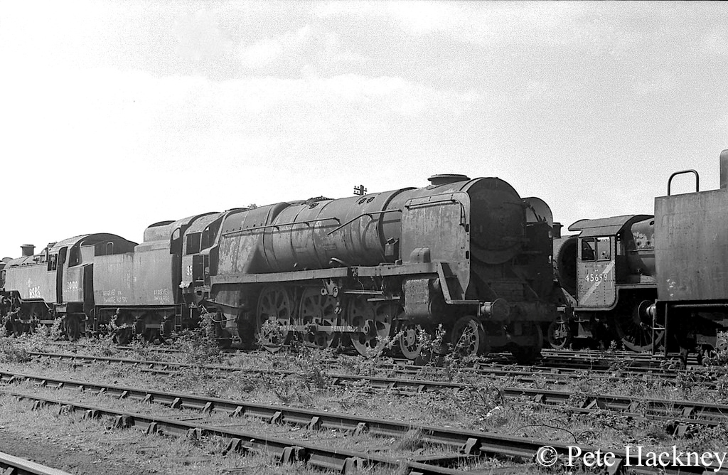 35025 Brocklebank Line in Woodham's scrapyard at Barry - 1975.jpg