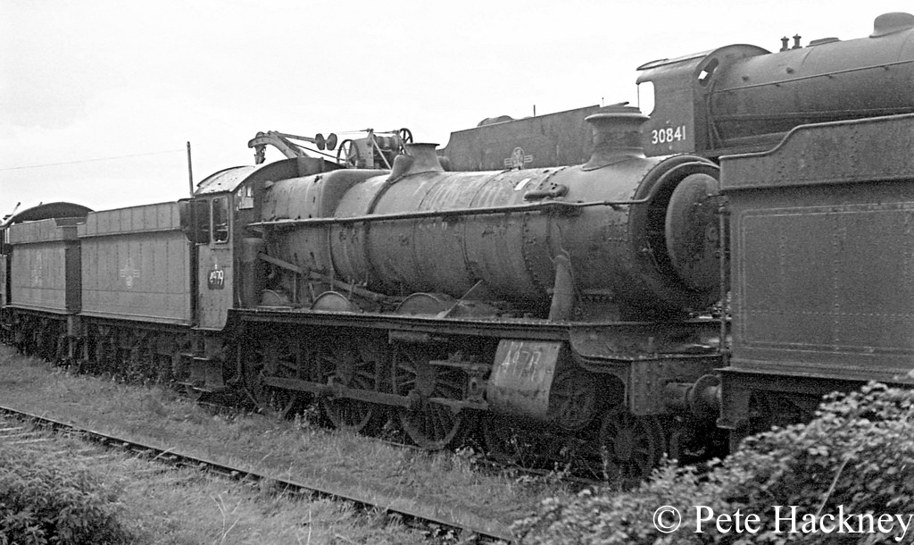 4979 Wooton Hall in Woodham's scrapyard at Barry - October 1968.jpg