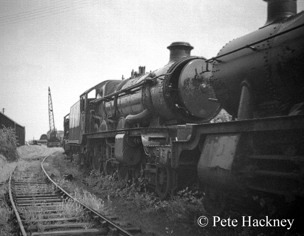 5043 Earl of Mount Edgecombe in Woodham's scrapyard - July 1968.jpg