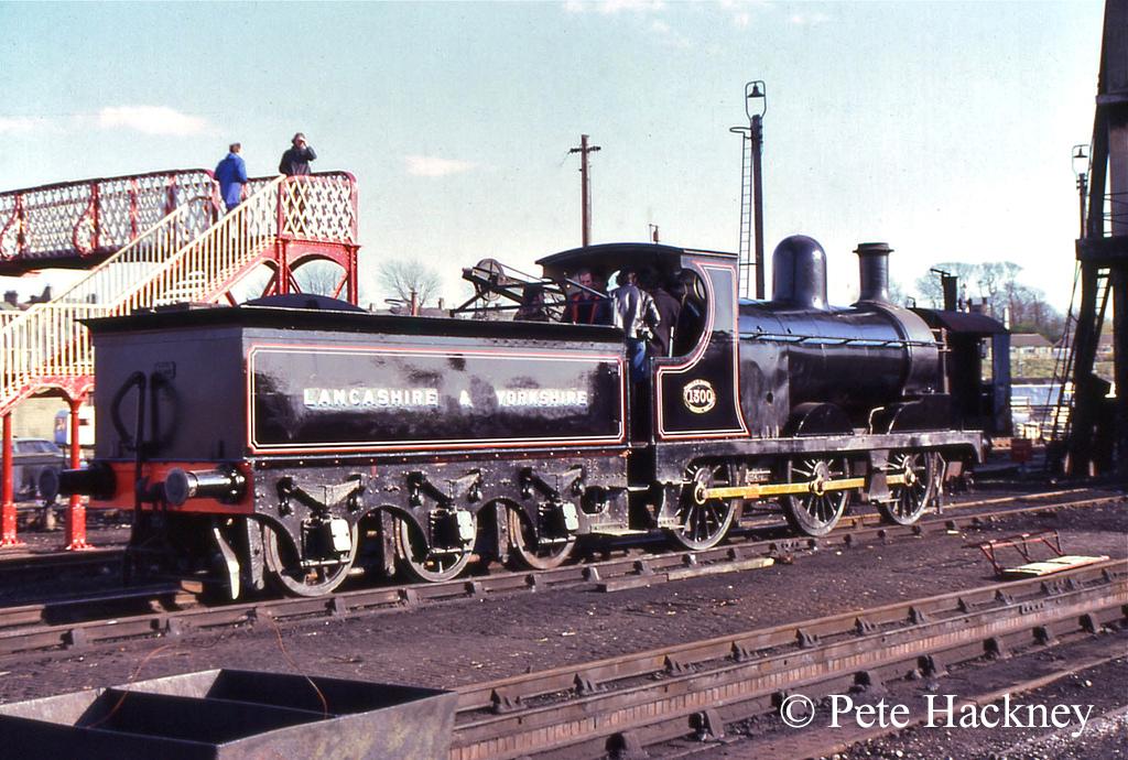 52322 at Carnforth - April 1982.jpg
