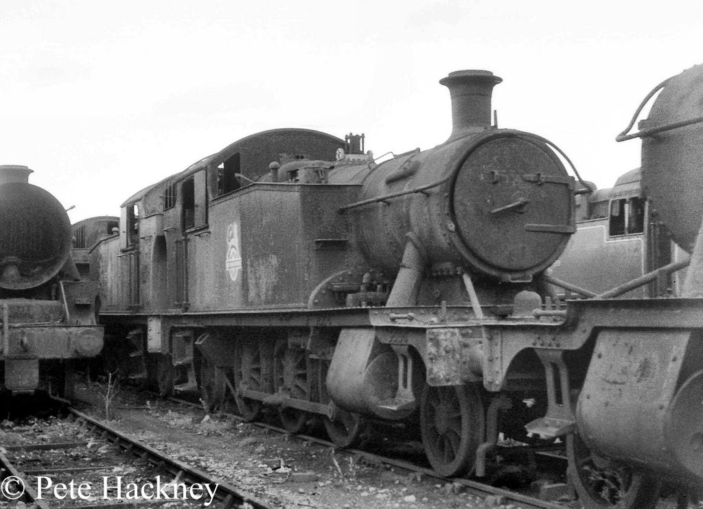5538 in Woodham's scrapyard at Barry - October 1968.jpg