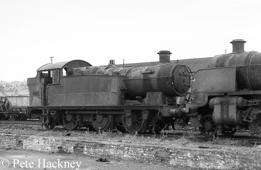 5637 in Woodham's scrapyard at Barry.jpg