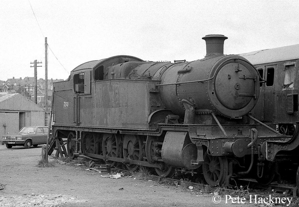 7200 in Woodham's scrapyard at Barry - 1975.jpg