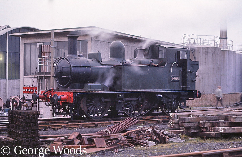 1466 at Plymouth Laira - December 1967.jpg