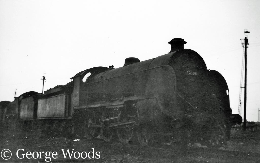 30506 at Feltham - March 1964.jpg