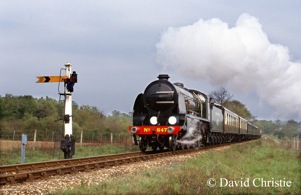 30847 climbing Freshfield Bank on the Bluebell Railway - May 1993.jpg