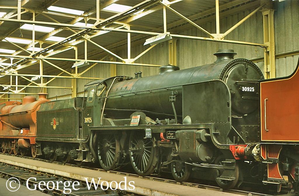 30925 Cheltenham at the Dintining Railway Centre - April 1977.jpg