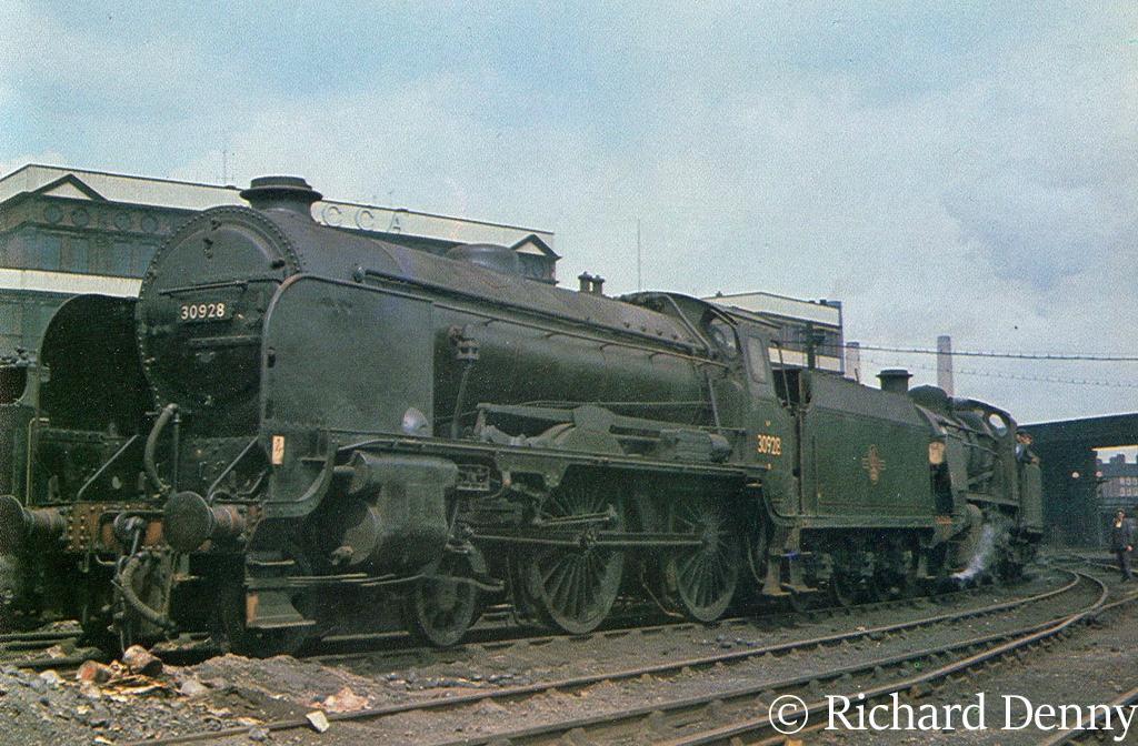30928 Stowe on Stewarts Lane shed - 1963.jpg