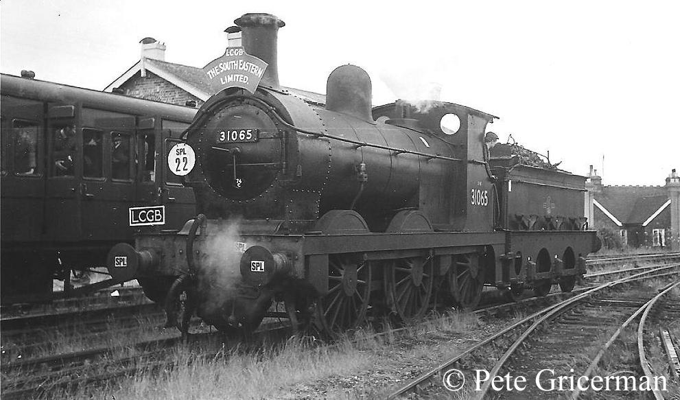 31065 at Hawkhurst - June 1961.jpg
