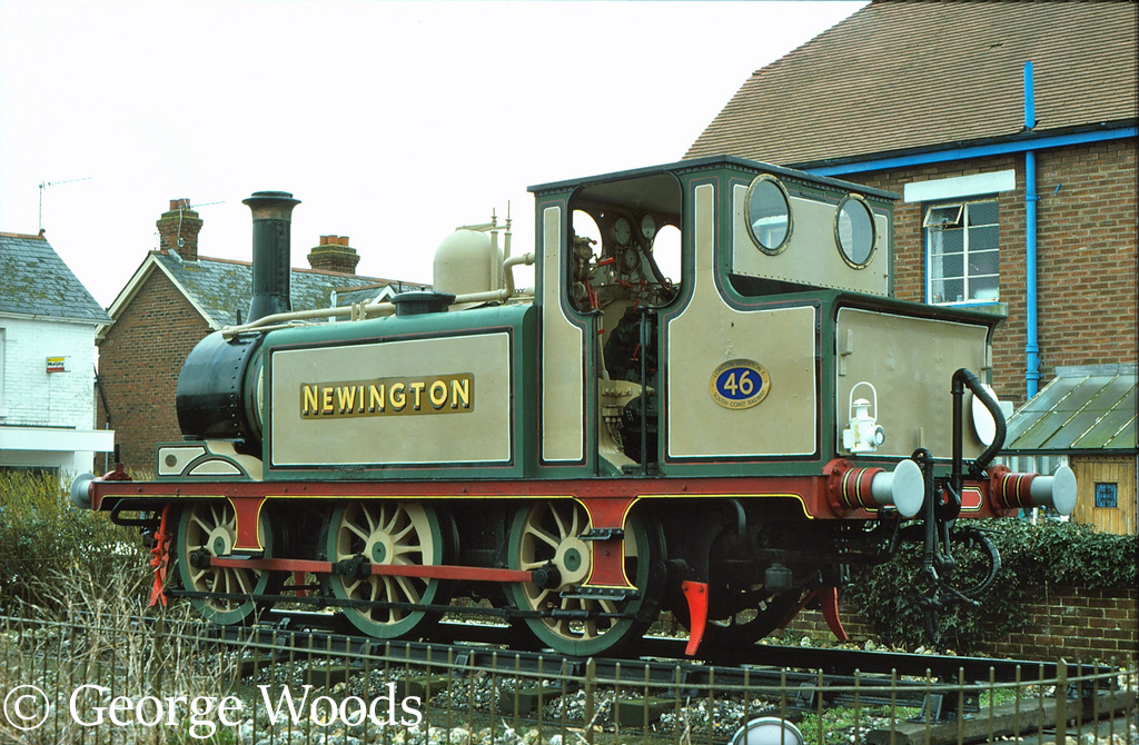 32646 at the Hayling Billy Pub - March 1977.jpg